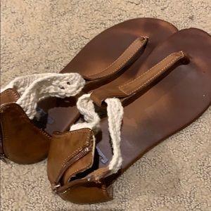 bills bong sandals